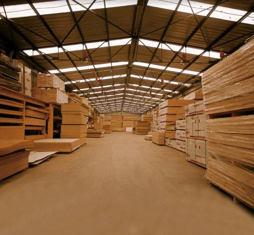 foto del almacen de maderas urkia en septiembre 2013